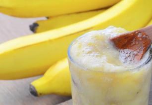 Smoothie me Banane dhe Molle