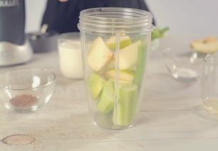 Smoothie me limon dhe Celery